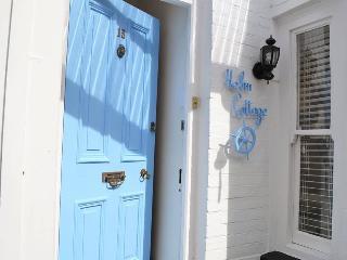 Helm Cottage, Dartmouth