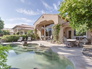 4BR/3.5BA Golf Course Villa and Casita in La Quinta with Pool, Sleeps 8