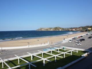 Torremar 30, Primera linea de Playa Comillas