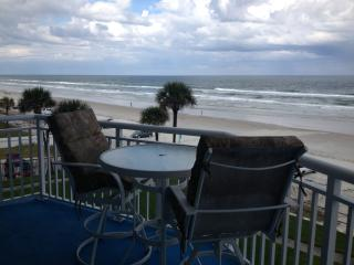 'Luxury Ocean Fnt Condo' Surfside Club Daytona B, Daytona Beach