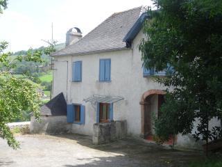 ferme rénovée au Pays Basque, environnement calme, Mauleon-Licharre