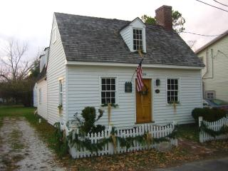 Premier Cottage in St. Michaels- In Town Location!