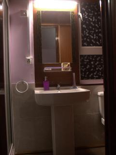 salle de bain et toilette, nouveau style .