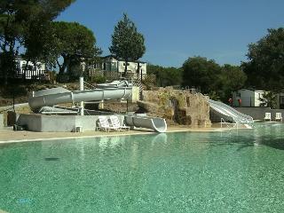 Mobilhome terrasse piscine à Fréjus