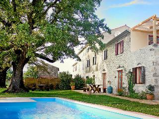 Familly holiday villa with sea view, Umag