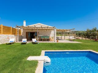Chainteris Villa III, Summer Dream!, Réthymnon