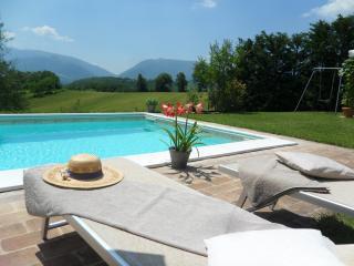 Castellonesto - Appartamenti con piscina(da 2 a 5posti)