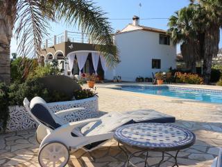 Villa Mariposa Denia 12p con piscina.