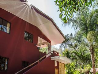 Villa Cacao hotel - 2 bedroom apartment with pool - A/C - wifi - Housekeeping