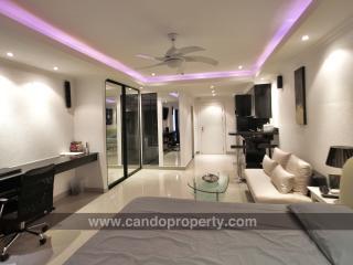 Studio Luxury  - Sea View (662), Pattaya