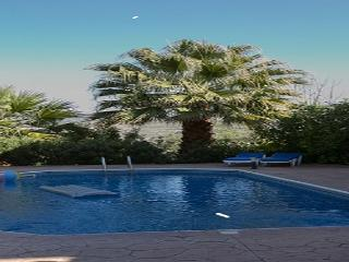 CHRYSANTHEMA VILLAS (2 BEDROOM), Miliou