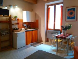 Bright studio old town, Alghero