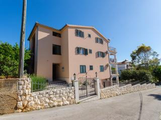New apartment close to beach 1a, Okrug Gornji