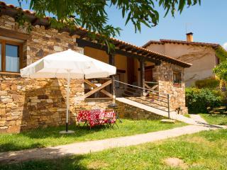 Apartamentos con jardin y barbacoa - Sierra Rincon, Montejo de la Sierra