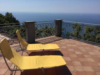 Bed and breakfast le Palme, Ameglia