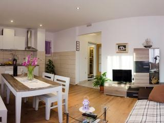 Olive Garden Apartments - 2 bedroom apartment, Cavtat