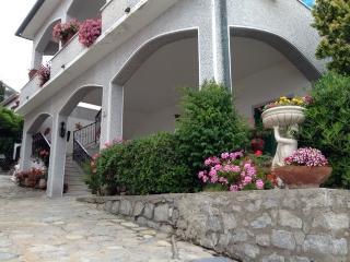 Appartamento dei nonni, Pomonte