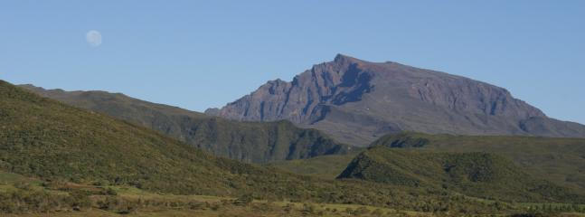 Le plus haut sommet de l'Ile de La Réunion - Le Piton des neiges