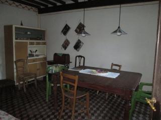 casa su due piani,in un borgo, Ovada