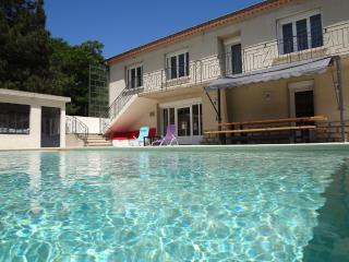 Villa *** 240m² - 10 personnes - Prix tout inclu !, Carpentras