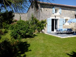 Holiday rent cottage La Bonne Annee 3*, nearby Matha, Charente-Maritime