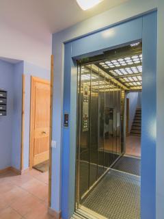 Finca con ascensor