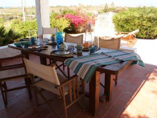 Casa Cappero vero relax meno di 50 metri dal mare, Lampedusa