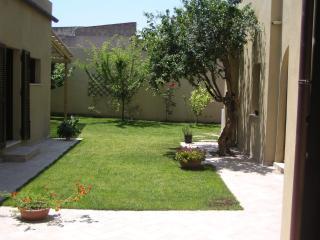 Elegante e tranquilla casa tipica con giardino