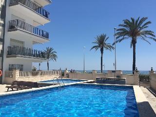 Fantástico apartamento 1a linea de mar Costa Playa