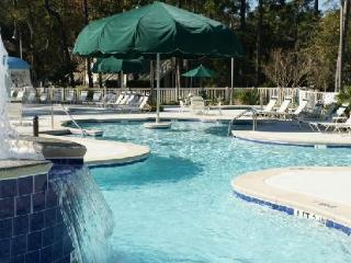 A Vacation Paradise - Golfing, Tennis, Shopping!, Hilton Head