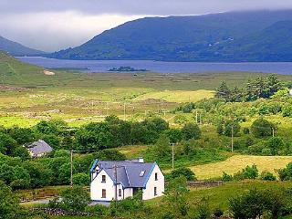 Finny,Off Wild Atlantic Way,luxury home, sleeps 6, Clonbur