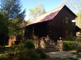 Riverbend Trout fishing Log Cabin, Epworth