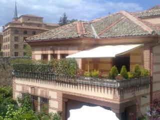 SEGOVIA centro historico.Preciosa casa con jardin, Segovia