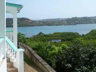 Ocean Blue - Private Balcony with Stunning Views, Westerhall
