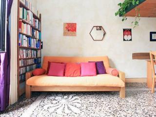 NAVIGLI Romantic charming apartment, Milán