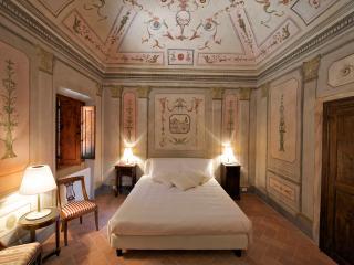 Affrescata room B&B, Certaldo