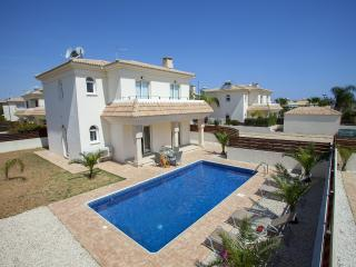 Protaras Holiday Villa PRBW8Z Blue Water 8Z