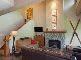 Montebello #4865 | 3 Bedroom + Den, Whistler Village North, Private Hot Tub