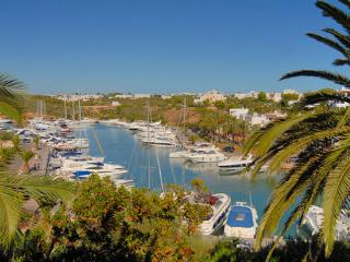 First Floor Front Line apartment in the Marina, Cala d'Or