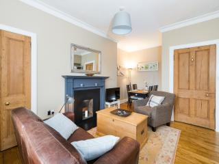 Stylish Southside Two Bedroom Apartment, Edimburgo