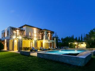 Villa Galinios - 327, Pafos