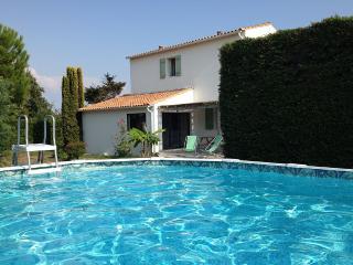 Villa+piscine 4 étoiles à l'ILE DE RE