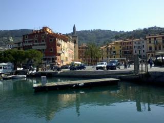 Bilocale nel borgo antico di Lerici al mare