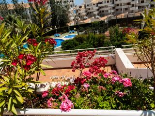 Apartamento en urbanización cerca mar y pueblo, Altea