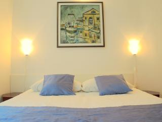JG3 Lovely Apartment with terrace, Piran