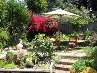 Golden Cottage, Berkeley