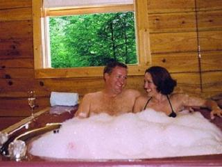 Gatlinburg Cabin In The Woods For Two