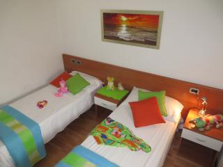 SPECIAL PRICE FOR BEAUTIFUL ATTIC IN CENTER IN BELLA VILLA APARTMENTS