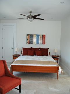 Guest room with king-sized bed