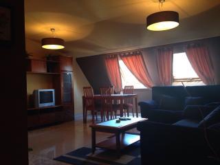 CEE. Piso 3 dormitorios, A Coruna Province